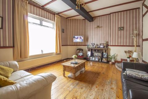 4 bedroom terraced house for sale - Station Street Abersychan - REF#00007184 - View 360 Tour @