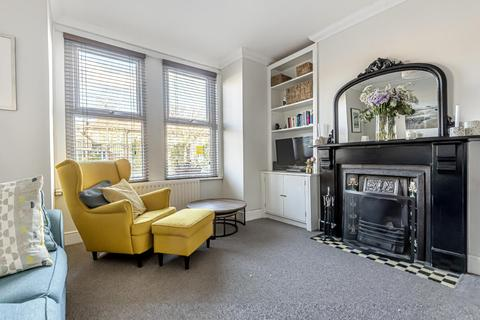 2 bedroom flat for sale - Leahurst Road, Hither Green