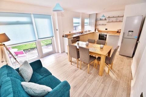 4 bedroom detached house for sale - Half Edge Lane, Eccles