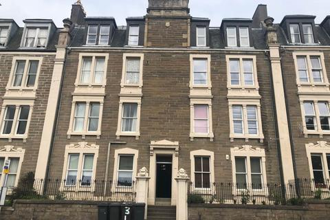 3 bedroom flat to rent - 293 G/R Hawkhill, ,