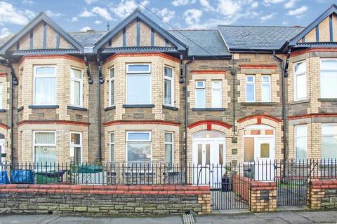 3 bedroom terraced house for sale - Wern Terrace, Pontypool, NP4