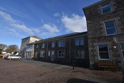 2 bedroom flat to rent - Edwards Apartments, Redruth