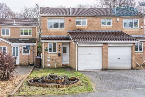 2 bedroom semi-detached house for sale - Farnaby Drive, High Green, Sheffield, S35