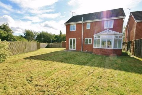 5 bedroom detached house to rent - Galingale View, Newcastle