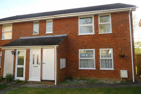2 bedroom flat to rent - Delamere Gardens, Linslade