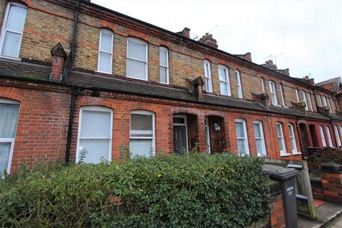 3 bedroom terraced house to rent - Gladstone Avenue, Wood Green, N22