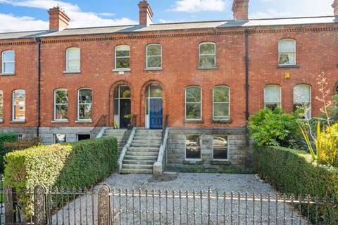 3 bedroom house - 52 Dartmouth Square, Ranelagh, Dublin  6