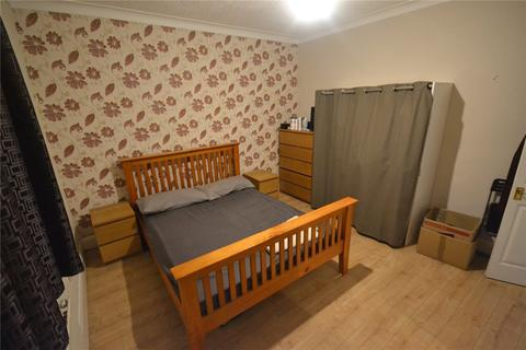 2 bedroom apartment to rent - Bromley Road, London, SE6