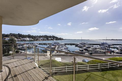 3 bedroom apartment for sale - Salterns Point, Salterns Way, Poole, Dorset BH14
