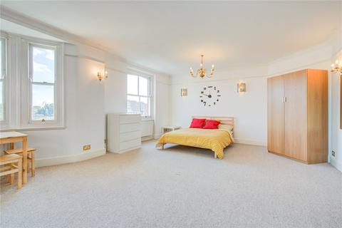 4 bedroom flat for sale - Windsor Court, Moscow Road, London
