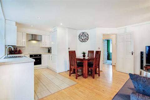 2 bedroom flat for sale - Putney Bridge Road, London, SW18