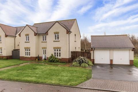 4 bedroom detached house for sale - 10 Burnbrae Crescent, Bonnyrigg EH19 3QF