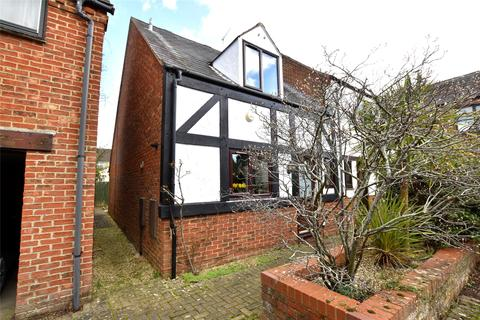 3 bedroom end of terrace house for sale - Furlong Lane, Bishops Cleeve, Cheltenham, Gloucestershire, GL52