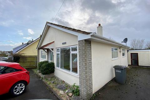 2 bedroom detached bungalow to rent - Davies Avenue, Paignton TQ4