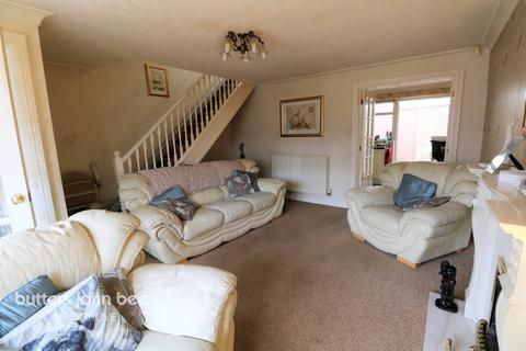 3 bedroom semi-detached house for sale - Browning Grove, Stoke-On-Trent