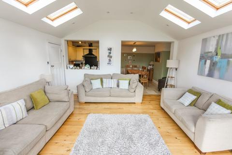 4 bedroom semi-detached house for sale - Old Moulsham, Chelmsford