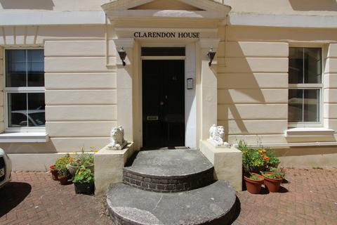 2 bedroom flat to rent - Clarendon House, 41 Citadel Road, The Hoe
