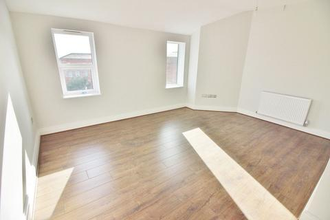 1 bedroom flat to rent - Flat 8, 8-12 Houghton Street, Southport, PR9 0TF