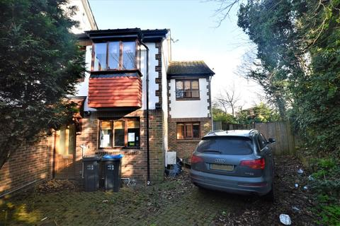 4 bedroom semi-detached house for sale - Rural Way, London