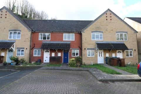 2 bedroom terraced house to rent - Oliver Twist Close, Rochester