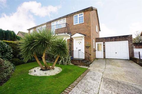 3 bedroom semi-detached house for sale - Wingate Close, St Leonards-on-sea, East Sussex