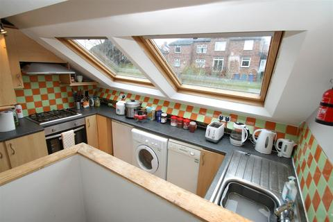 5 bedroom flat to rent - Springbank Road, Sandyford, Newcastle Upon Tyne