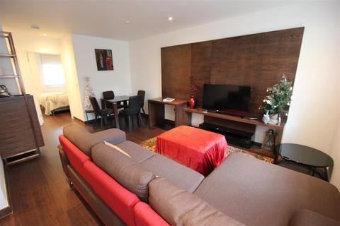 2 bedroom apartment to rent - Queen Victoria Terrace, Sovereign court, Wapping