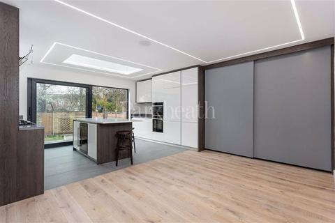 4 bedroom flat for sale - Dobson Close, South Hampstead