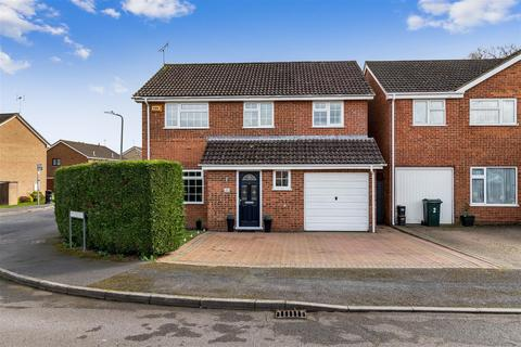 4 bedroom detached house for sale - Westbourne, Ashford