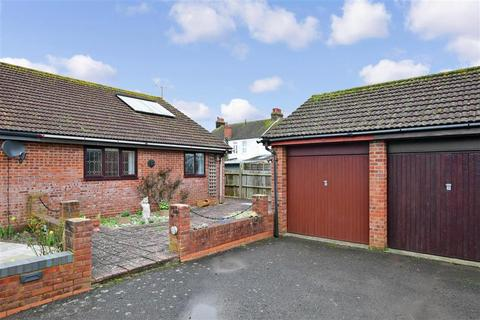 2 bedroom semi-detached bungalow for sale - Haynes Road, Worthing, West Sussex