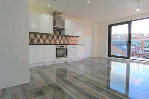 2 bedroom flat to rent - Catford, SE6