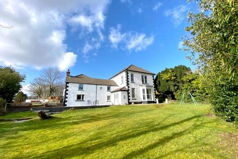 6 bedroom detached house for sale - 85, Penywern Road, Neath, Neath Port Talbot. SA10 7PA
