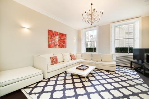3 bedroom ground floor flat to rent - Charles Street, London. W1J