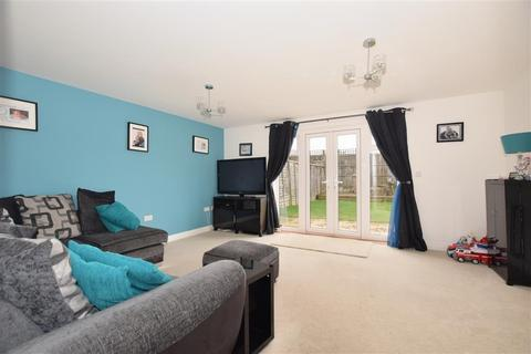 4 bedroom townhouse for sale - Redstart Avenue, Maidstone, Kent