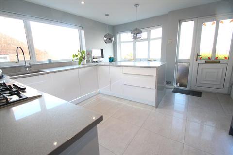 3 bedroom bungalow for sale - Norden Way, Norden, Rochdale, Greater Manchester, OL11
