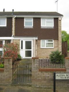 3 bedroom semi-detached house to rent - Alesia Road, Luton, Luton LU3