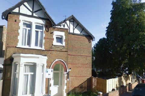 1 bedroom flat to rent - Nightingale Road, London, NW10