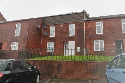 3 bedroom terraced house to rent - Marloes Court, Penlan, Swansea. SA5 7JW