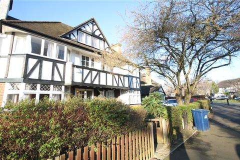 4 bedroom semi-detached house to rent - Vale Lane, Ealing, W3