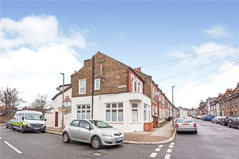 2 bedroom ground floor flat for sale - Leverson Street, London, SW16