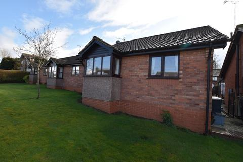 2 bedroom detached bungalow for sale - Pine Court, Loggerheads
