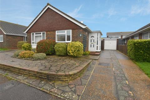 2 bedroom bungalow for sale - Penleigh Close, Lancing, West Sussex, BN15