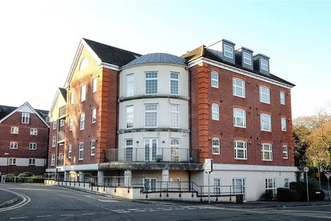 2 bedroom apartment to rent - Dorchester Court, 283 London Road, Camberley, Surrey, GU15