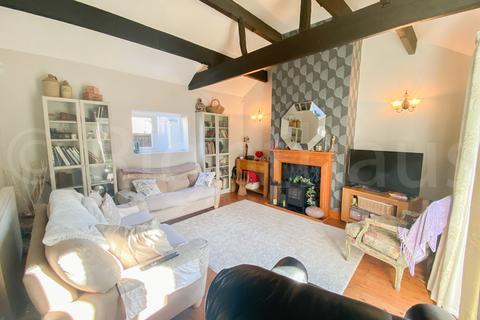 3 bedroom detached bungalow for sale - Daisy Hill, Wyke, Bradford