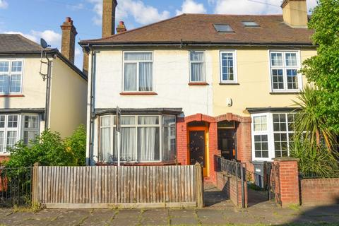 3 bedroom end of terrace house for sale - Clitherow Road, Brentford