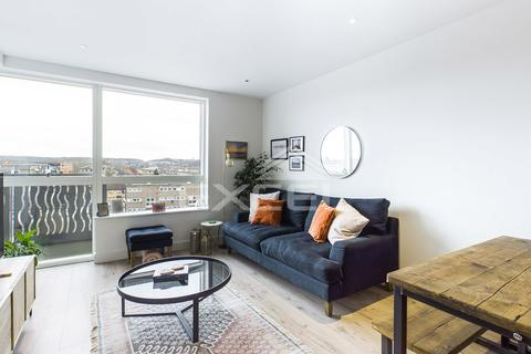 2 bedroom apartment for sale - Purser Court, Smithfield Square, High Street, Hornsey N8 7FB