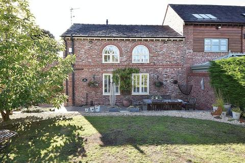 3 bedroom semi-detached house for sale - Lovely barn conversion in Toft, Knutsford