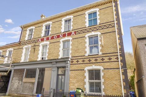 3 bedroom flat for sale - Y Felinheli