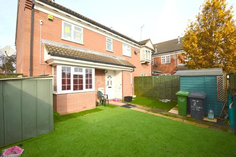 2 bedroom cluster house for sale - Ellenhall Close, Biscot Mill, Luton, Bedfordshire, LU3 1XH