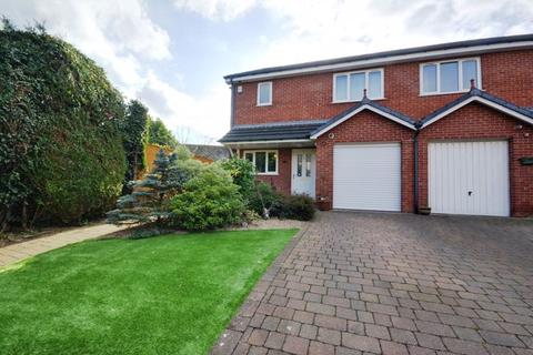 3 bedroom townhouse for sale - Blythe Mews, Southport
